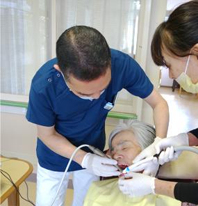 ポータブル歯科ユニット