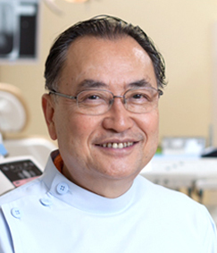 村岡秀明 先生