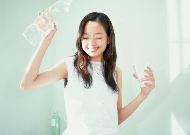 むし歯でもないのに歯が溶ける?清涼飲料水の飲み過ぎが原因の「酸蝕症」に要注意