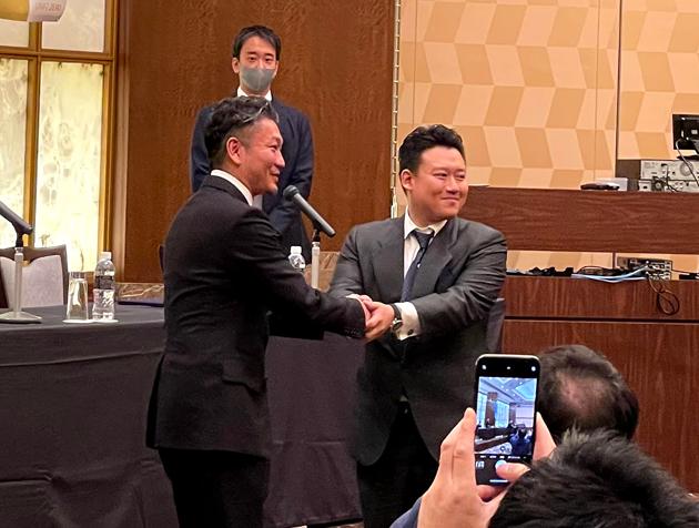 2020年10月25日、全国23箇所に歯科医院を展開、日本最大級の歯科医療法人が誕生。