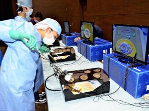 中学生が「外科手術」体験 いわき市医療センターでセミナー