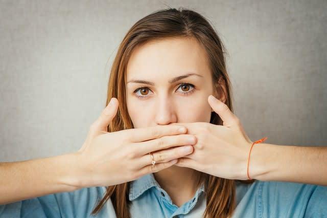 口臭は、歯の治療跡や虫歯が原因!?