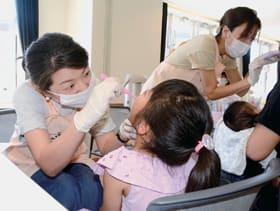 丁寧に歯磨きしてね 室蘭歯科医師会 口内ケアの教室