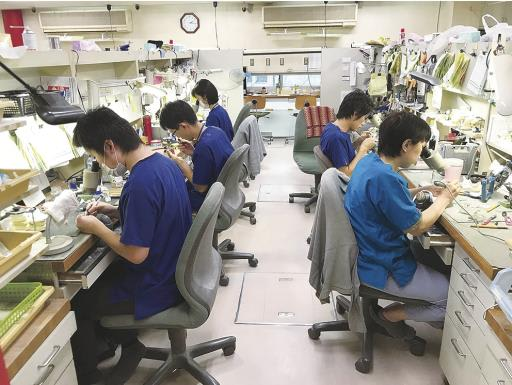 【東海で頑張る中小企業】浅井歯科技研、大津チタンと合併  3社でシナジー効果めざす