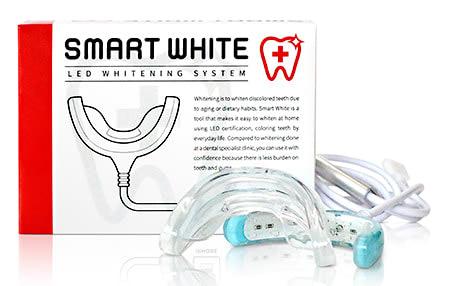 スマホを使って歯をホワイトニングする「SMART WHITE +」、ロフトで先行販売