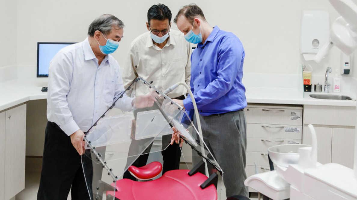 研究者たちが歯科現場で新型コロナウイルスの拡散を防ぐテントを開発