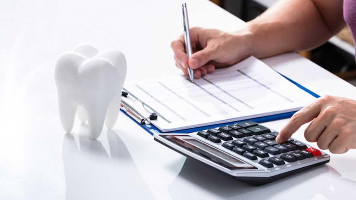 事業中断保険:歯科医のロックダウン関連の損失にも保険が適用されるのか?