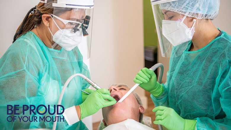 新型コロナウイルスパンデミックの影響を評価する歯科医師たち