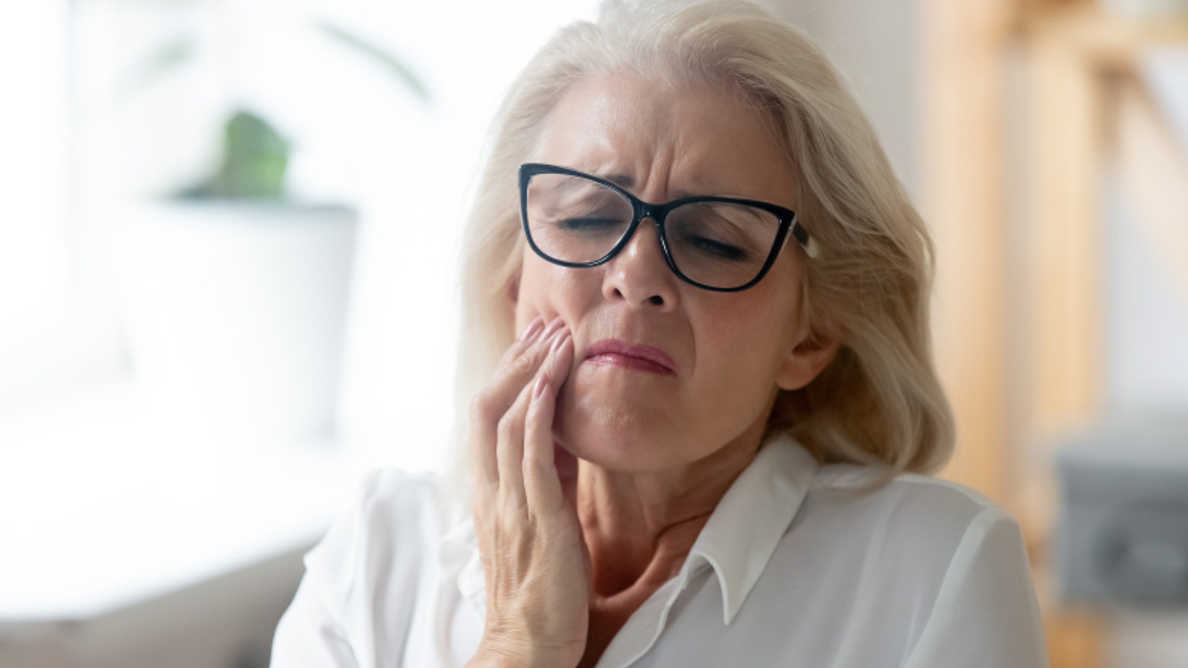 東ランカシャー州の歯科医が安全でない臨床行為のために調査を受ける