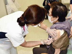 高齢者ワクチン接種7月完了へ対応急ぐ 医療従事者確保など課題