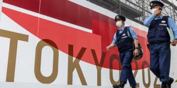 日本は新型コロナウイルスを抑え込めているのか 東京と全国で感染者急増